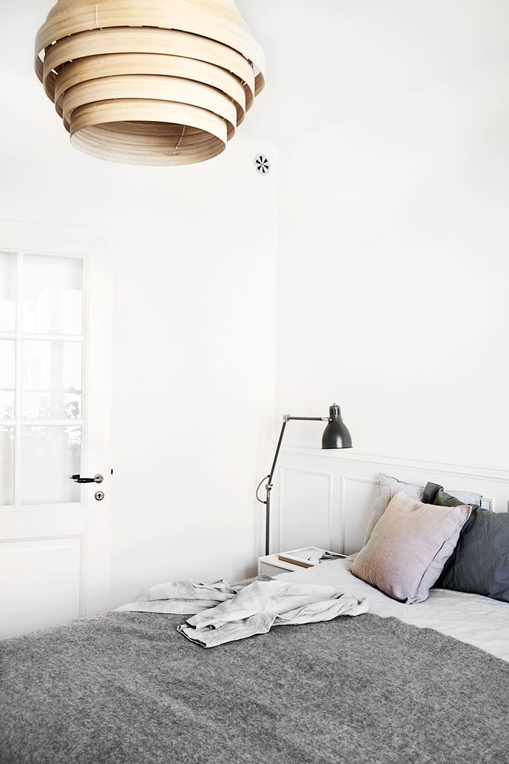 pretty perfect bedroom, scandinavian interior, fantastic frank, josefin hååg, via http://www.scandinavianlovesong.com/