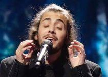 Salvador Sobral triunfa en el Festival de Eurovisión con la canción 'Amar pelos dois'
