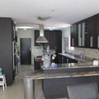 823 m², 4 Bedroom House for rent in Silver Lakes Golf Estate, Pretoria