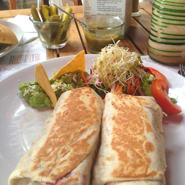 Burrito vegetariano #playadelcarmen #mexico #vegetarian #veggie