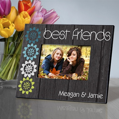 love this cute frame great gift for any teen in your wedding bestfriend