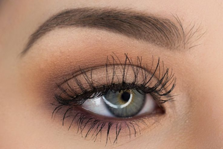 'Simple & Pretty' look by SultrySuburbia using Makeup Geek's Last Dance, Peach Smoothie, Purely Naked, and Frappe eyeshadows along with Sweet Dreams pigment.