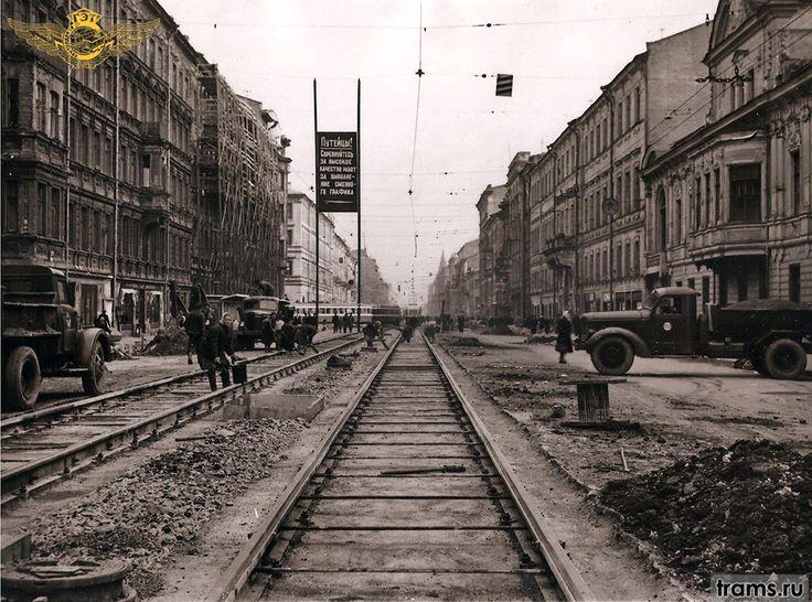 Крайни дом справа - Литейный пр. 48. Фото до его реконструкции в 1950-х