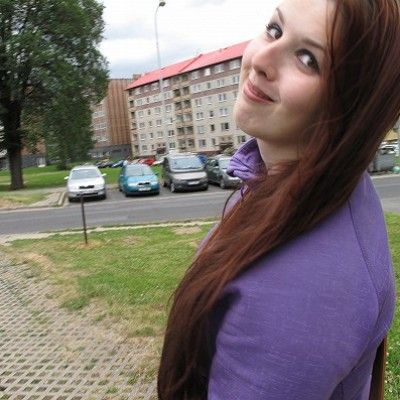 19 letá slečna z Bruntálu hledá flirt/sex. Měří 168 cm a je svobodná.