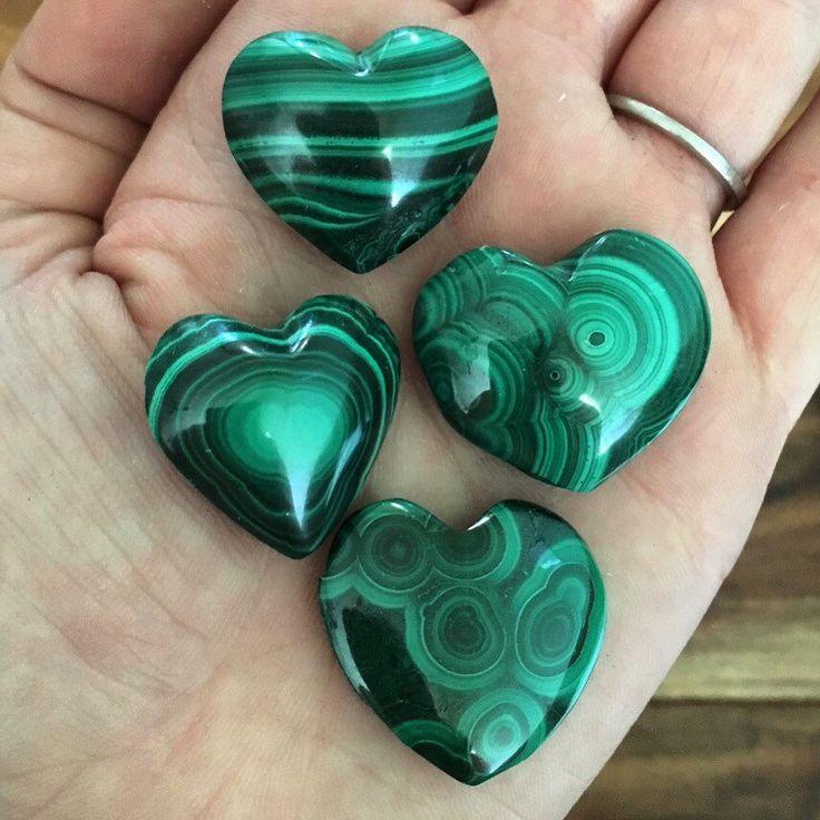 Malachite Heart - malachite stone - healing crystals and stones - heart chakra stones - heart chakra crystals - malachite - protection stone
