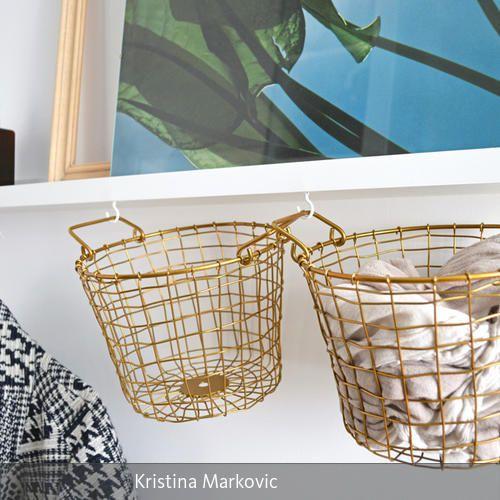 Darf es ein wenig mehr sein? Unter diesem Aspekt werden viele Produkte des schwedischen Möbelhauses IKEA modifiziert und verändert. Ob durch kreatives Bemalen…