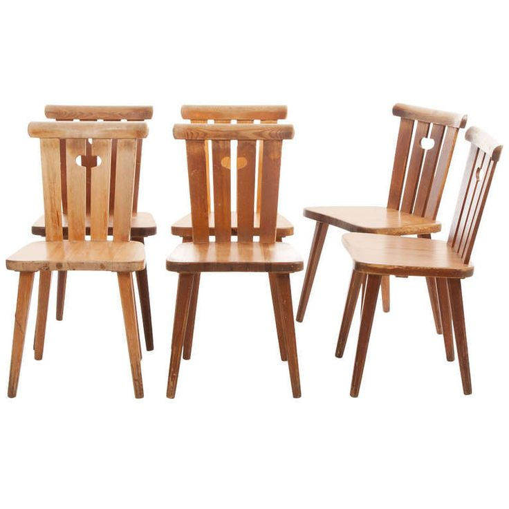 Set Of 6 Pine Chairs Style Of Axel Einar Hjorth