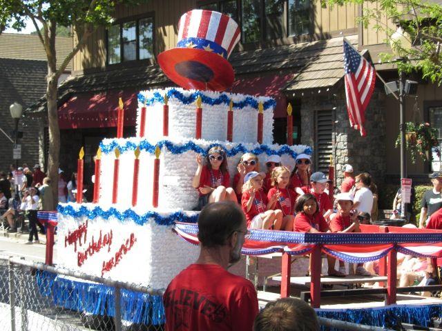 Stratford School, Morgan Hill 4th of July Parade