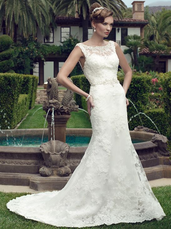 Fresh Casablanca Beaded lace appliqu s on tulle over a layer of Chantilly appliqu s on tulle over satin create this gown The lace bateau front neckline add