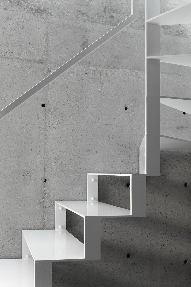 a f a s i a: Dyrda Fikus Architekci