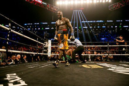 Deontay Wilder Knocks Out Luis Ortiz in the 10th
