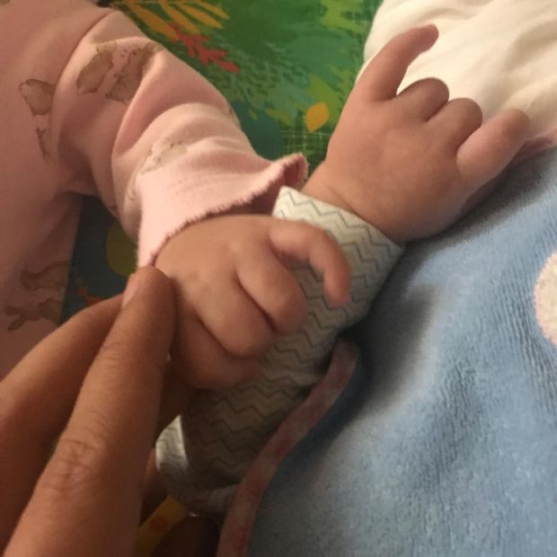Karan Johar shares the FIRST PIC of his twin babies Yash and Roohi