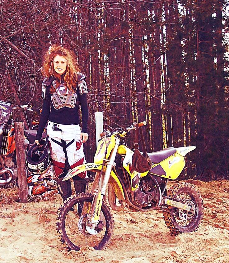 team Suzuki girl