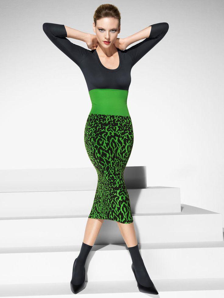 NEW / WOLFORD cheetah skirt green black / M 38 uk 10 #WOLFORD #StretchBodycon
