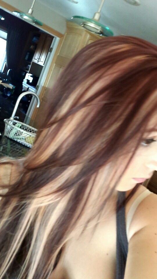 Violet red hair with chunky blonde highlights | Brown ...