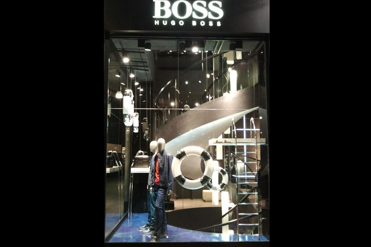 Hugo Boss Primavera Estate 2013 vetrina Navy