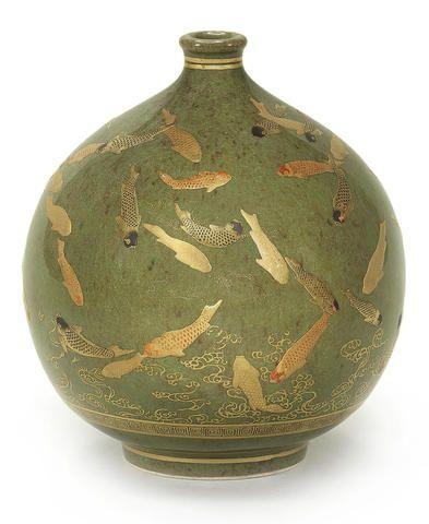 A small Satsuma globular vase  By Kinkozan, Meiji period
