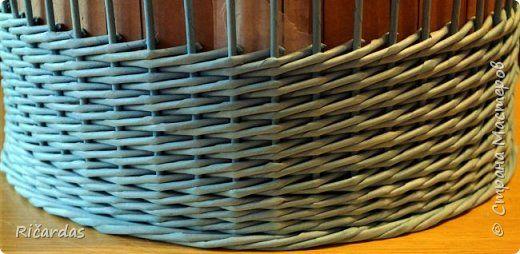 Мастер-класс Поделка изделие Плетение Одежда для бытового газового баллона + МК Бумага газетная Трубочки бумажные фото 27