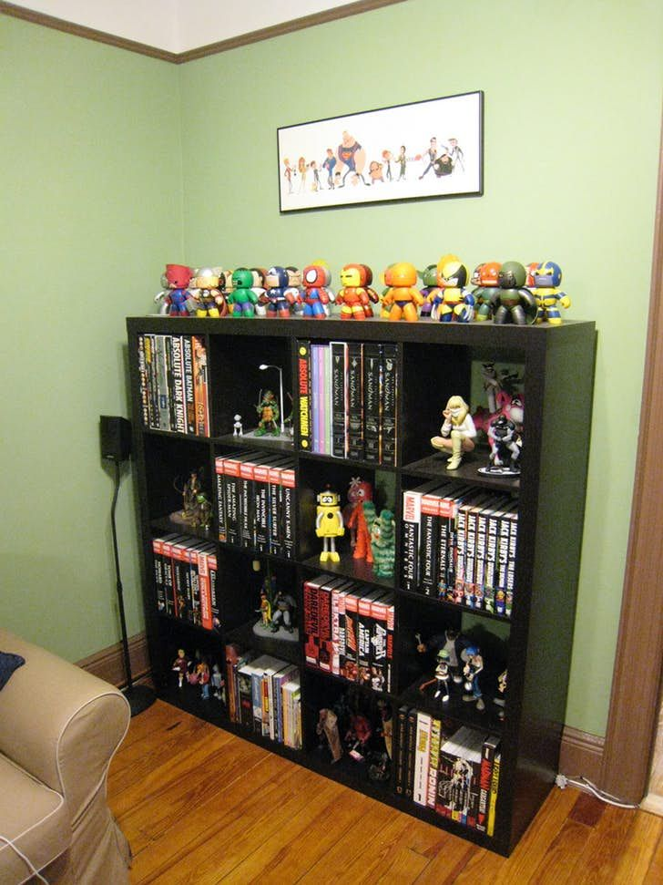 Send us your shelf porn comic books wall mount for Comic book box shelves