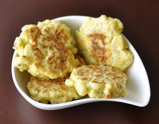 Cauliflower Fritters with a citric hint
