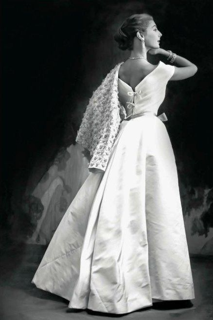 Fiona Campbell-Walter wearing a gown by Cristobal Balenciaga in a 1952 photo by Henry Clarke for Vogue magazine