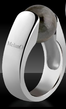 Melano cateye ring with Labradorite
