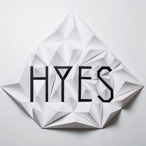 Paris se quema studio, paper installation / Hyes studio