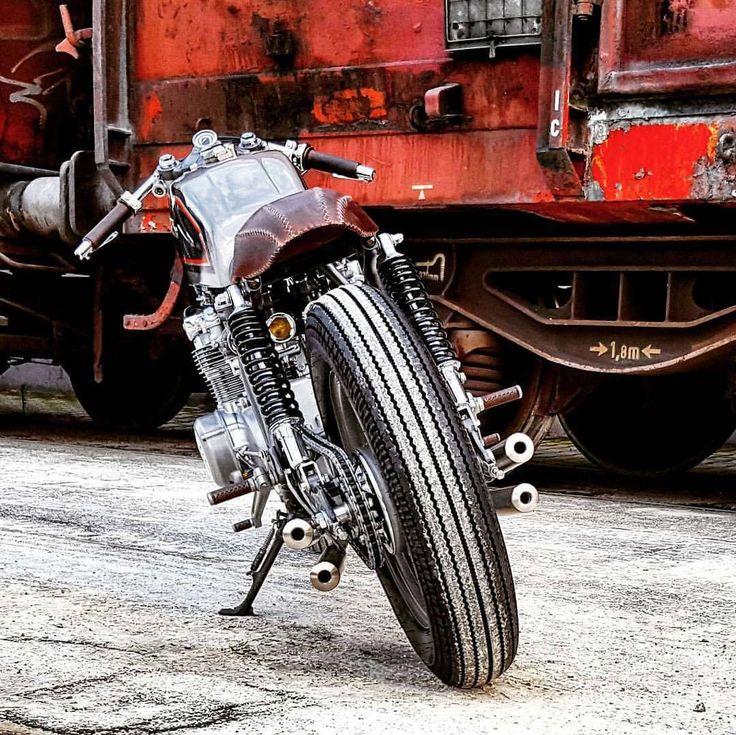 Honda CB550 Cafe Racer - Mellow Motorcycles #motorcycles #caferacer #motos | caferacerpasion.com