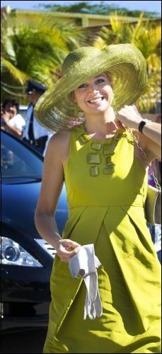 HKH Koningin Maxima. Ze draagt een hoed van Fabienne Delvigne.
