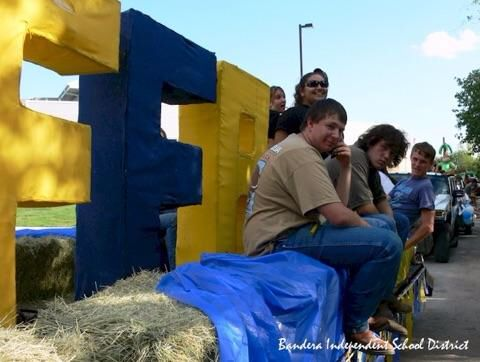how to make your car into a parade float