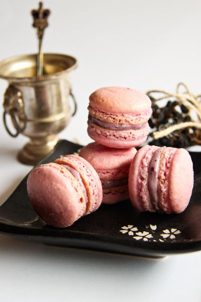 blueberry cheesecake macaroons