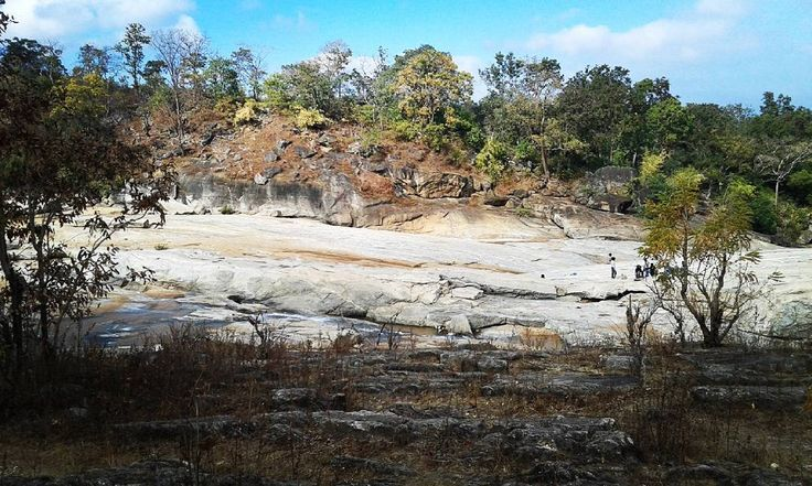Sugha bandh waterfall