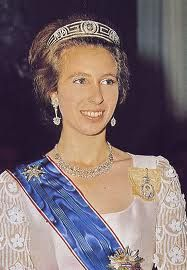 The Royal Order of Sartorial Splendor: Tiara Thursday: The Meander Tiara