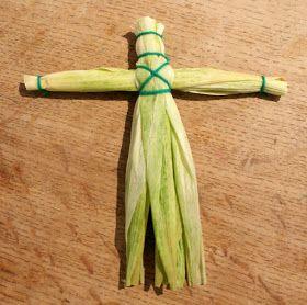 lightly enchanted: Corn Husk Dolls