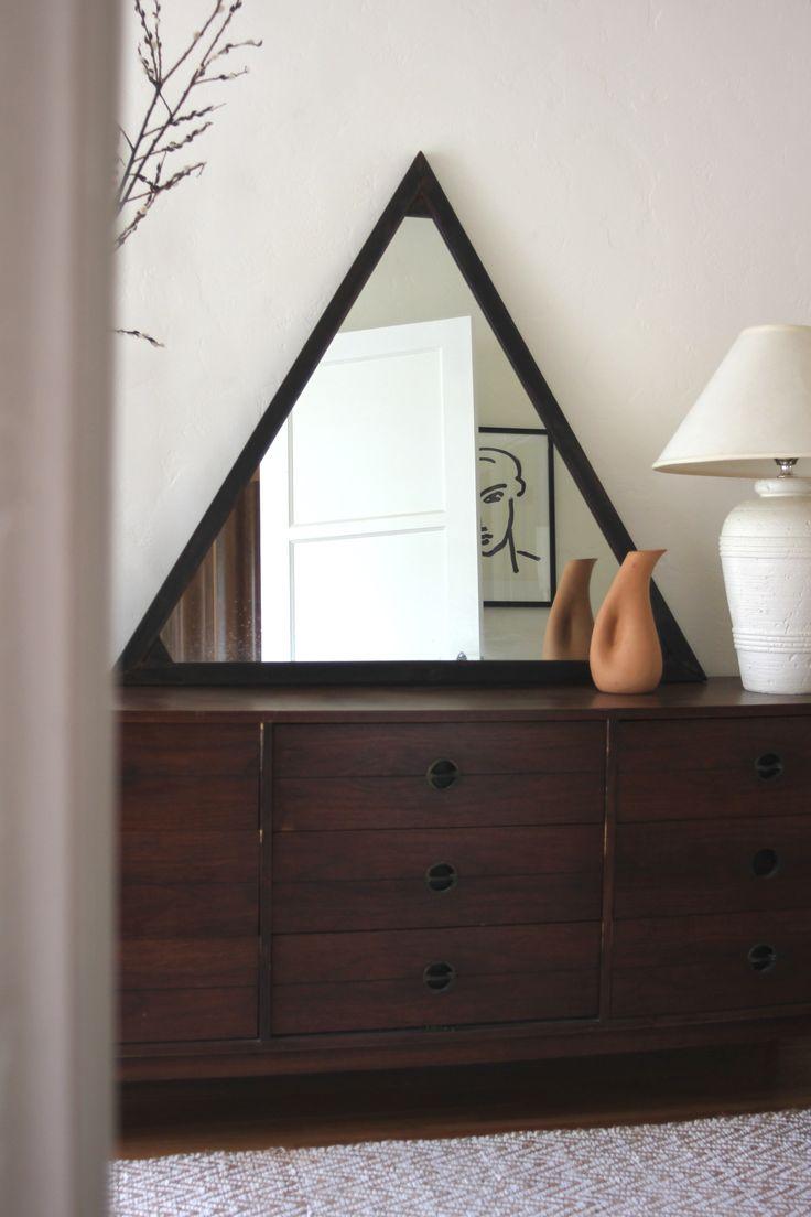 best 25 black framed mirror ideas on pinterest diy bathroom det finns s m nga kvinnor dar ute som gor helt fantastiska saker och som jag verkligen large framed mirrorsframe mirrorsthe mirrorcustom mirrorsin