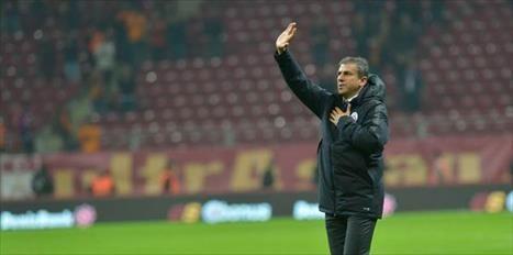 eçen Süren, başkan yardımcısı Abdurrahim Albayrak ın Hamza Hamzaoğlu nu kulübe kazandırarak aşırı mühim bir meslek yaptığı belirterek, Hamzaoğlu tam isabetli bir karar dedi. Türk spor basının bir numarası FOTOMAÇ a açıklamalarda bulunan Süren, Hamzaoğlu takdir ettiğim bir futbol oynatıyor. Ülkeyi ve Türk futbolunu iyi bilen bir ad. Şayet Hamza hocaya zaman tanınır ve sabır edilirse Türkiye nin Guardiola sı olur diye konuştu. Çok Fazla çalışkan ve disiplinli Barcelona da büyük işler yapan ve…