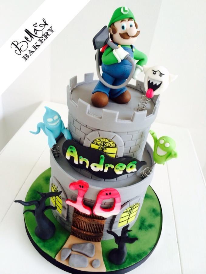 Luigi's Mansion - Cake by Bella's Bakery