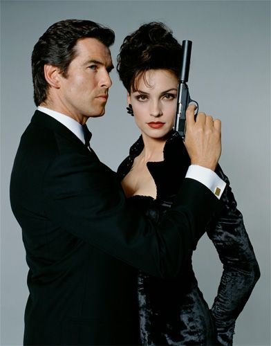 Goldeneye - Pierce Brosnan & Famke Janssen