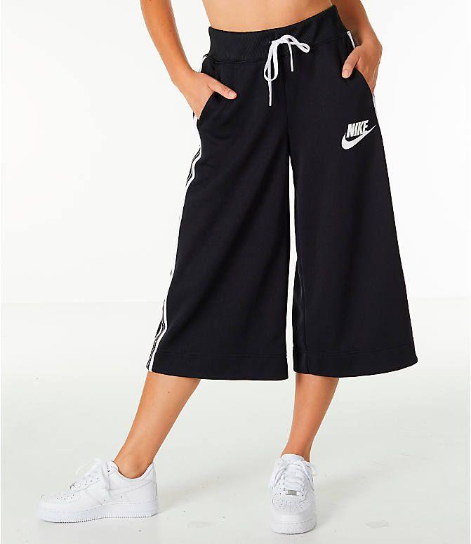 nike three quarter pants womens