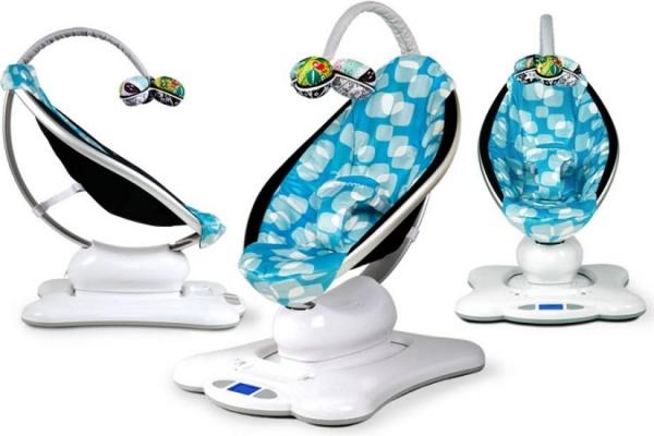 Fotoliu Balansoar Bebeluşi MamaRoo Multicolor de la 4Moms - special creat pentru a imita leganatul mamei: http://www.babyplus.ro/camera-copilului/balansoare/fotoliu-balansoar-bebelusi-mamaroo-multicolor--4moms/