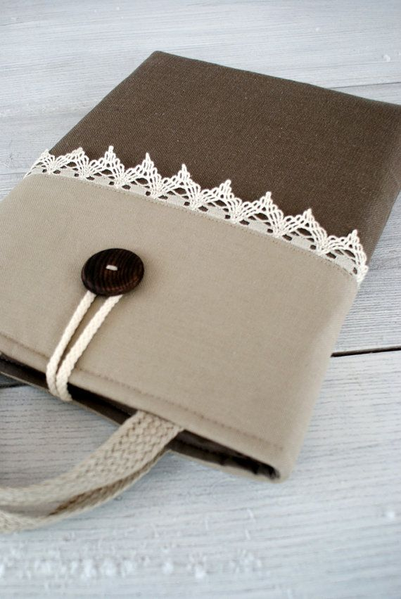 Love the linen and lace padded laptop cover.