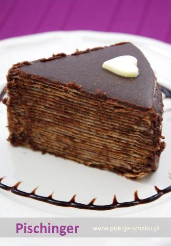 Pischinger - czyli tort z wafli to podobno specjalność austriacka. W Polsce w czasach mojego dzieciństwa, przygotowywano z przekładanych czekoladową masą wafli pyszne ciastka.