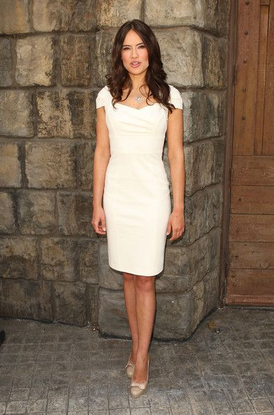 Sophie Winkleman fashion | Sophie Winkleman Photos - Meet The Stars Of NBC's New Shows - Zimbio