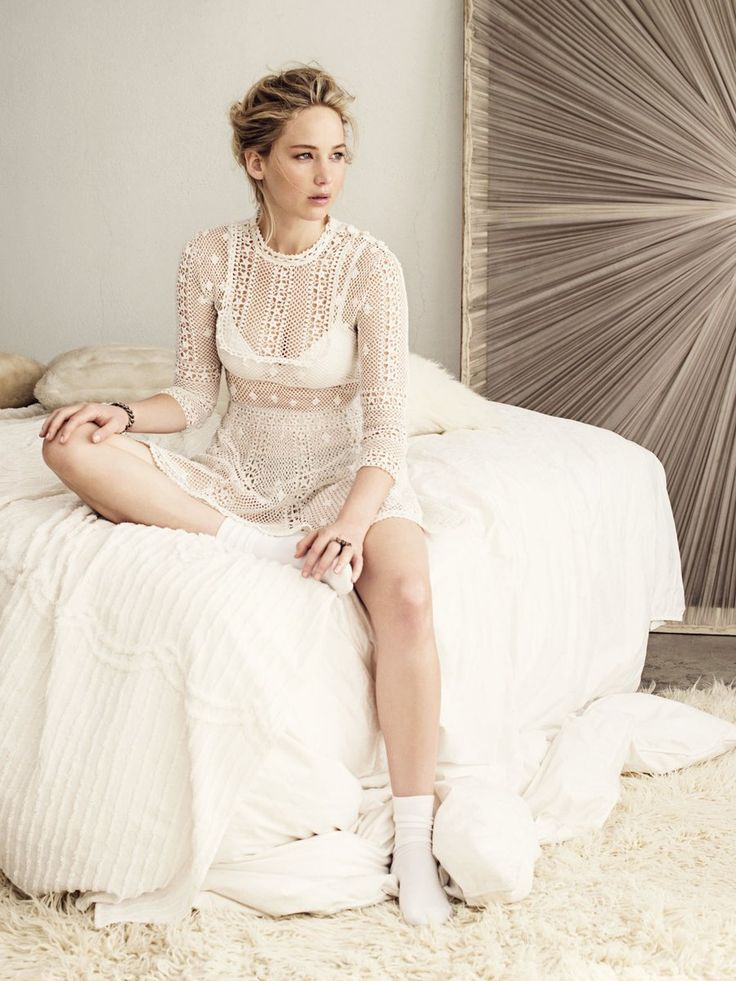 New outtakes of Jennifer Lawrence for Dior