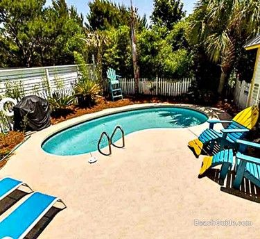 Many of the properties at Destin Beach House Rentals have their own private pool.