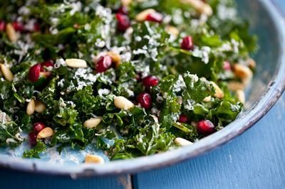 17 Delicious ways to eat Kale: Raw Kale Salad With Balsamic and Pomegranate