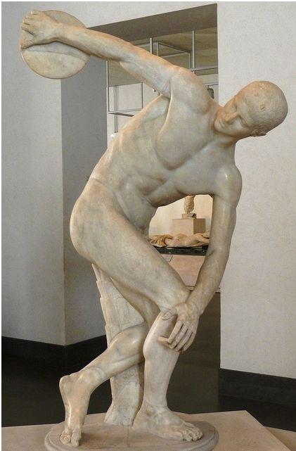 Comentario y análisis del Discóbolo de Mirón. Una de las primeras obras del Periodo Clásico en el Arte Griego.