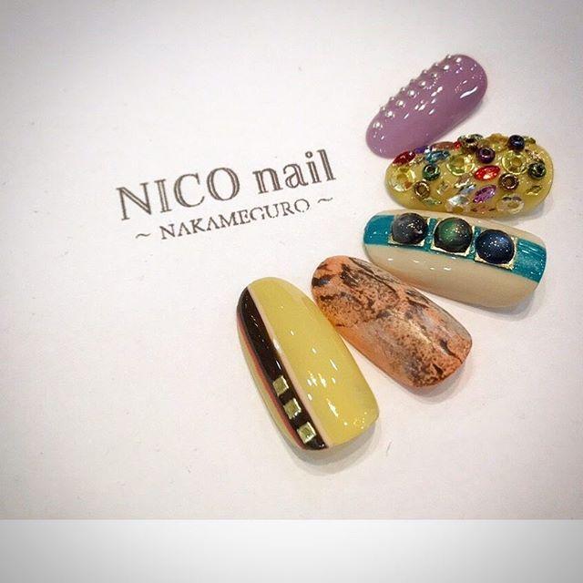 個性的な色合いも爪先なら取り入れやすいですよね♥ ♥ ♥ ♥ 月謝制ネイルスクール(﹡ˆ﹀ˆ﹡)♡ 資料請求はメッセージからお待ちしております♥ 体験レッスンも随時行っております。 ・ ぜひお問い合わせください! 月1回¥8000 月3回¥16,800(3時間×3回) フリー¥49,800  #nail#nails#nailart#nailstagram#naildesign#jelnail#gel#nico#niconail#niconailschool#nailschool#ネイル#ネイルスクール#ネイルアート#ネイルデザイン#月謝制#月謝制ネイルスクール#月謝#セルフネイル#ニコネイル#ニコネイルスクール#中目黒#お稽古#習い事#趣味#ネイリスト #検定#ネイルチップ