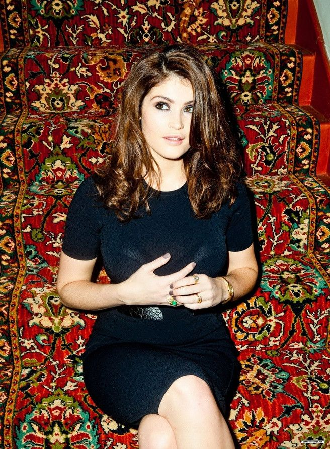 Gemma Arterton's hair color is gorgeous! And love her nail color