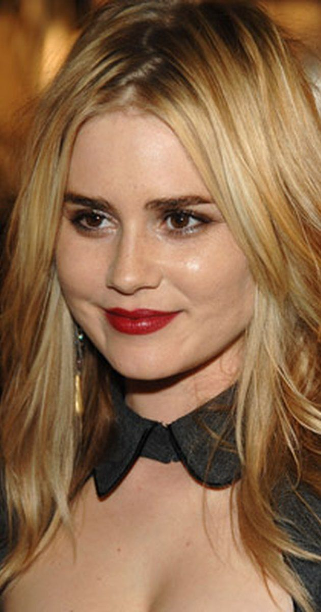 September 18, 1979 ♦ Alison Lohman, American actress.